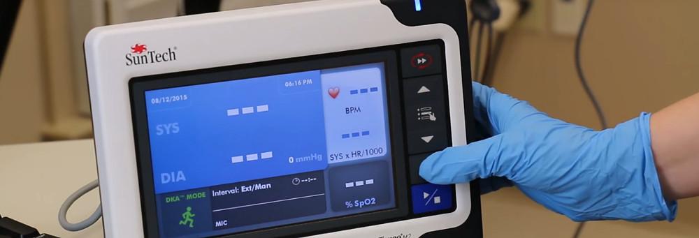 automatische Blutdruck und BD Messung mit Laufband Ergometer