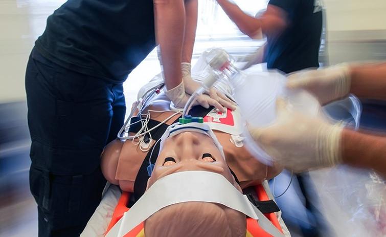 drahtlose Simulation HAL von Gaumard für das Training in der Schweiz vno ACLS im Rettungsdienst und der Klinik