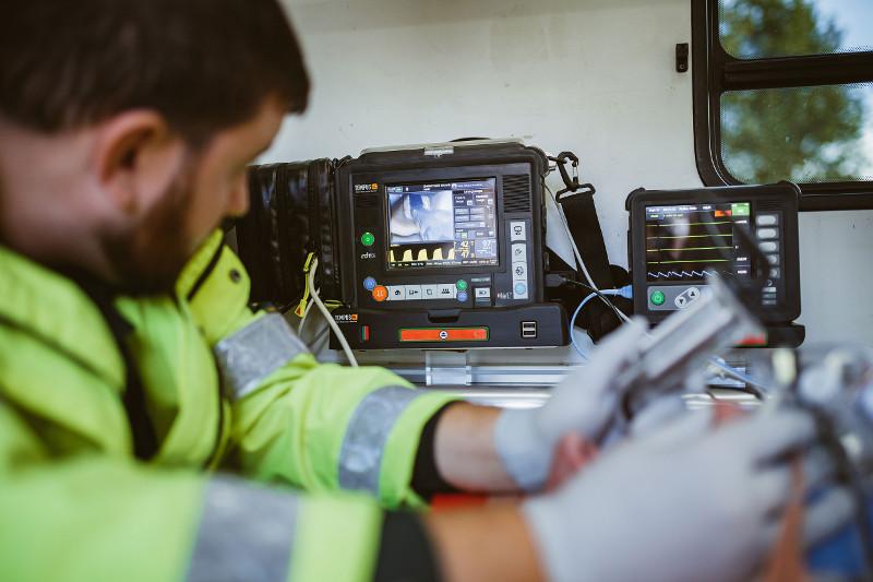 Defibrillator Monitor Tempus ALS von RDT in der Schweizer Rettungsdienste